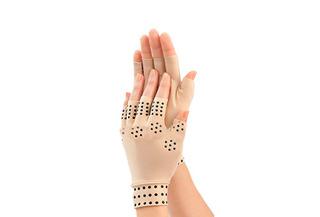 Par de guantes magnéticos de compresión para la artritis.