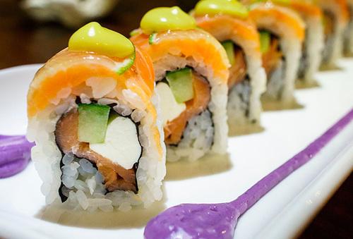 67% 40 Piezas de Sushi Providencia