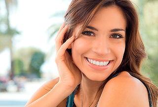 90% Evaluación dental + blanqueamiento led, En centro Leufu