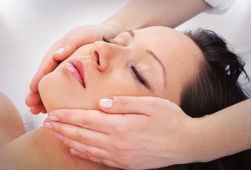 Hasta 90% en Tratamiento Facial de Estimulación de Colágeno!