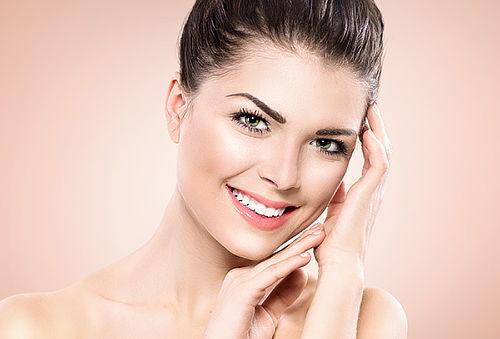 72% 2x1 Limpieza Facial con Vapozono!