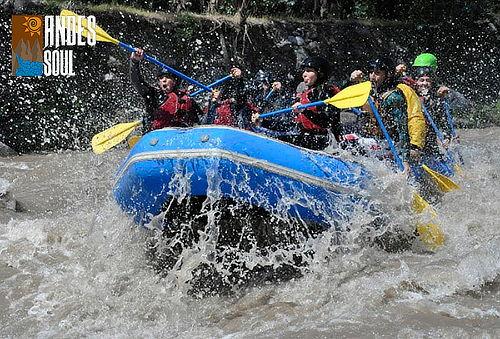 ¡Aventura en Rafting en el río Maipo para 1, 2, 3 o 6!