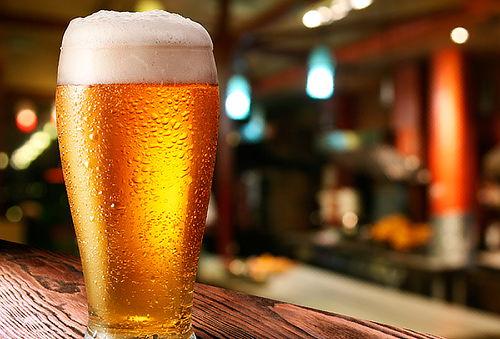 71% 2 o 4 Schop Stella Artois + papas + Karaoke