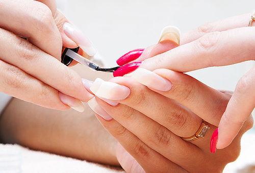 Manicure express 1 tono + parafinoterapia, Providencia.