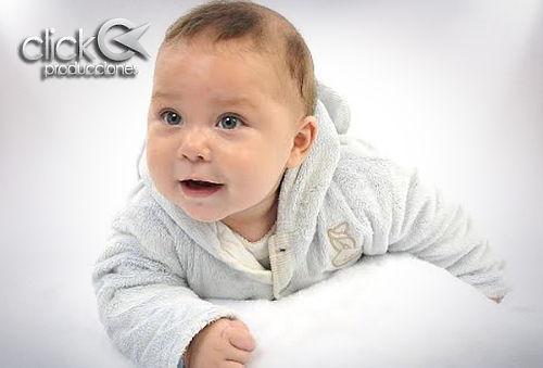 Sesión fotos de bebé + ampliación 30x45 Metro U. de Chile