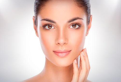 Rejuvenecimiento Facial Completo