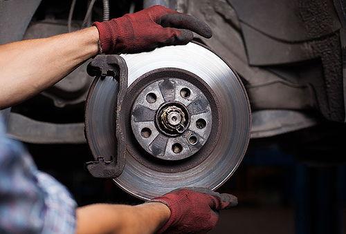Regulación y Chequeo de frenos para tu auto en Frenos Willy.