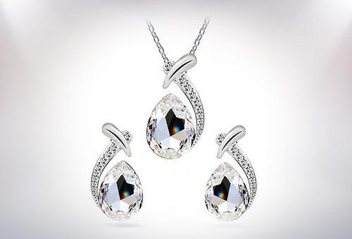 Conjunto o Colgante con Cristales Swarovski Elements.