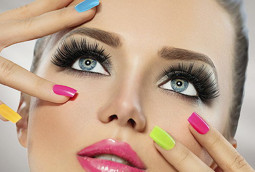 Manicure expres + Mascara Rejuvenecedora Dermik, Stgo Centro