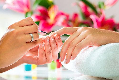 33% 2 Manicure + Aplicación de Colágeno + Parafinoterapia