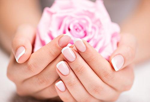 Manicure + Uñas Acrílicas en Francesa + Regalo!