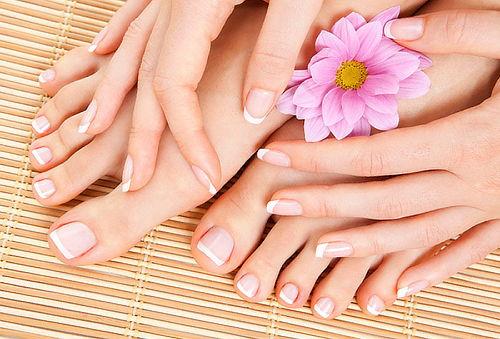 Manicure + Pedicure Completa Semi Permanente