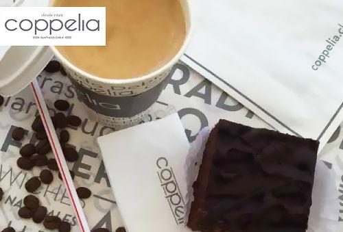 Coppelia: Café Cortado o Espresso 354 cc  + Muffin o Brownie