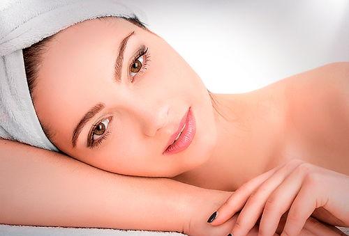 Limpieza facial + nutrición o hidratación