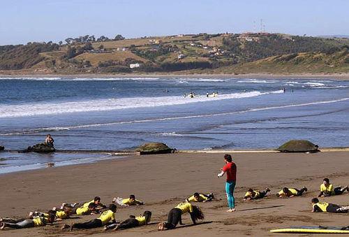 Arriendo equipo, Escuela de Surf Sacando Quillas Concón