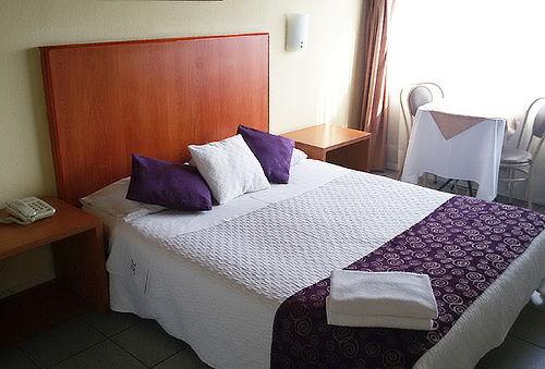 2 Noches en Hotel HC Reñaca para 2 y la Tercera es Gratis