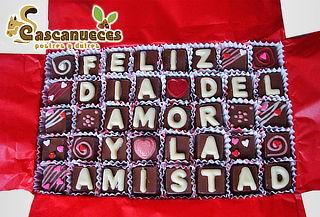 Caja de 30 o 40 Chocoletras con Mensaje Elección a Domicilio