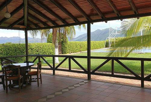 Escapada para 4 Personas con Desayuno en Chicoral Tolima