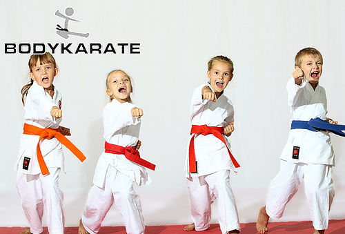 4 Clases de Karate Semi Personalizadas Para Niños en Colina