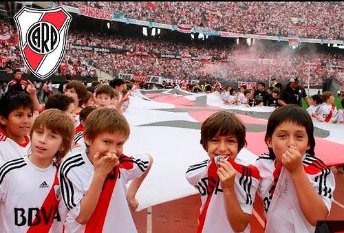 4 u 8 Clases de Fútbol en River Plate Bogotá