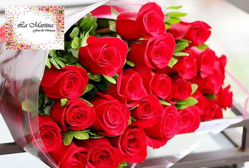 Bouquet o Caja de 12 Rosas Tipo Exportación + Envio