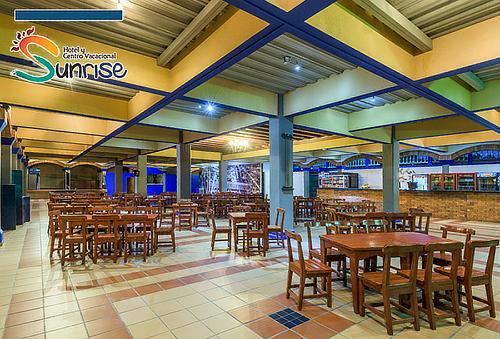 Villavicencio Noche de Alojamiento + Desayuno + Cena para 2