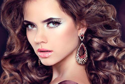 Corte, Color, Diseño Cejas y Facial 80%