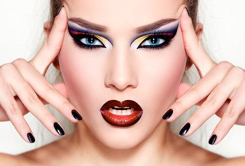 Manicure y pedicure con gelish + REGALO Capilar 80%