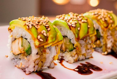 Sushi a elegir + Yakimeshi + Bebidas para 2, 4 o 6
