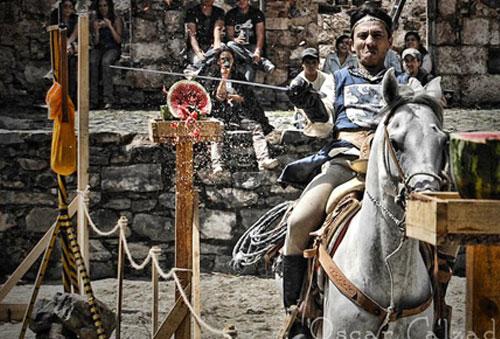 Festival Medieval $325
