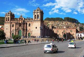 ¡Cusco Mágico! 3D/2N Alojamiento + Desayunos + Tours