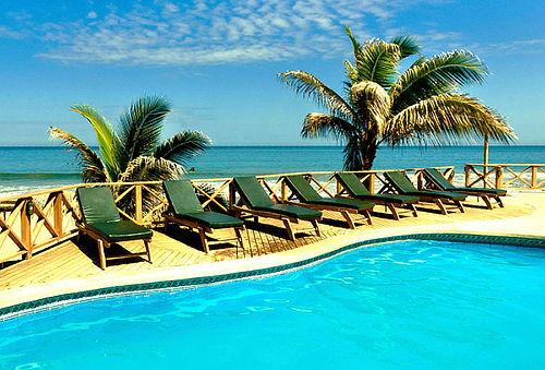 Máncora Beach Bungalows 3D/2N para DOS  Alojamiento+Vuelo