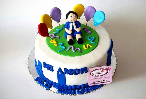 ¡Celebra! Torta Personalizada+ 12 Cupcakes Opción a Cakepops