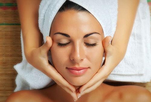 Tratamiento Facial para Manchas y Secuelas de Acné