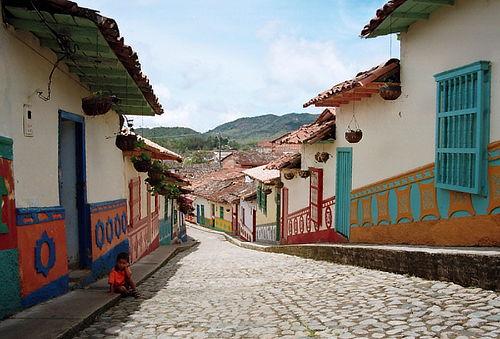 "¡Full Day! Antioquia ""Un Pueblito Lleno de Misterio"""