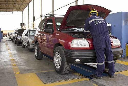Revisión Técnica Vehicular para Auto, Taxi y Más - Cedive