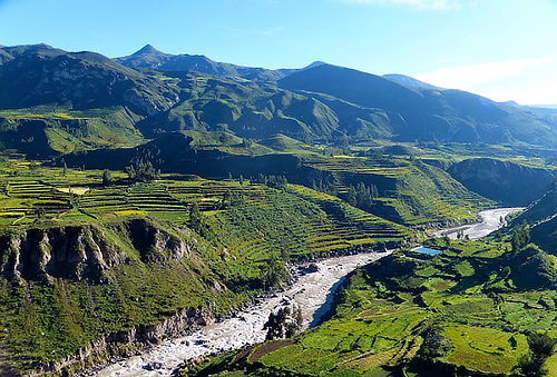 Arequipa + Valle del Colca - Transporte + Guiado + Desayuno