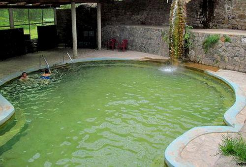 ¡FERIADO APEC! 3D/2N Baños Termales de Churín y Huancahuasi