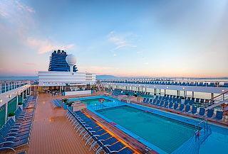 7 noches en crucero Zenith, 2 noches Cartagena, aéreos y más