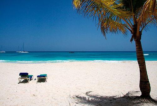 Feriados Octubre, Punta Cana: 8 Días Todo Incluido, Vía Law