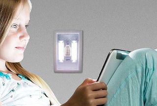 Lámpara Luz Led de Emergencia con Interruptor