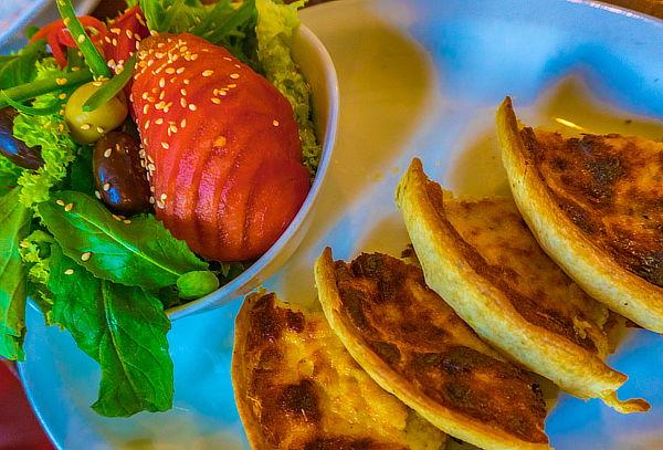 Almuerzo o Cena para Dos en Peluquería Francesa