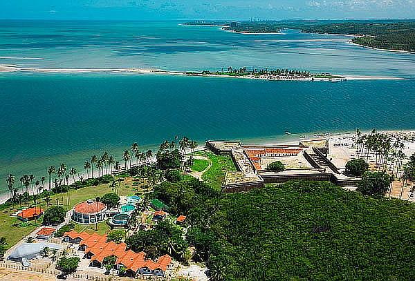 Visita Pipa, Brasil: Aéreo, 7 Noches, Hotel, Desayuno y Más