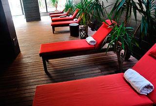 Masaje de Relajación para 2 + Sauna + Piscina + Reflexología