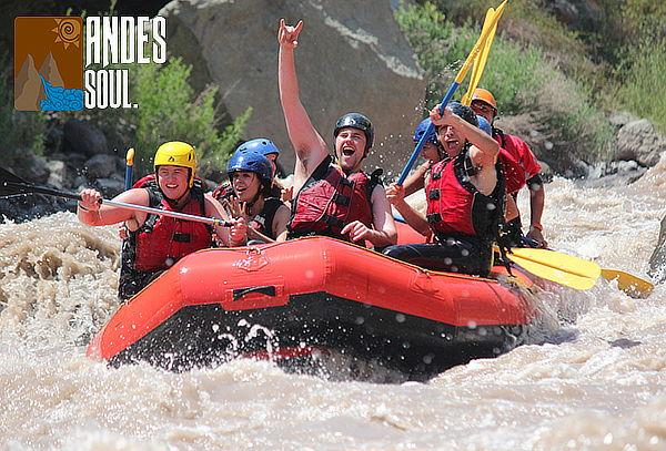 Aventura Rafting en Pareja en el Río Maipo