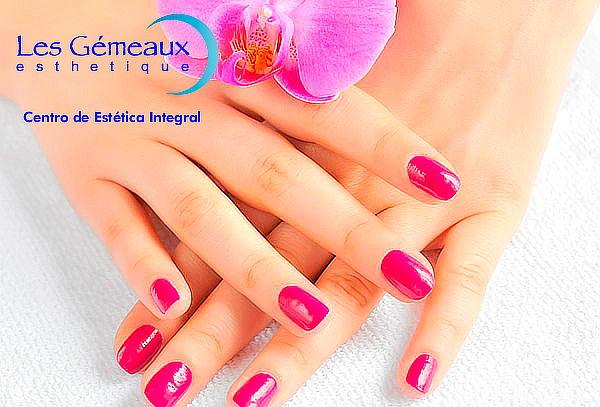 Manicure + esmaltado permanente Les Gemeaux, 3 Sucursales!