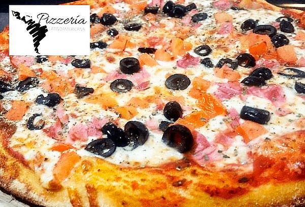 2 Pizzas Medianas + Bebida de 1.5 lts + Palitos de Ajo