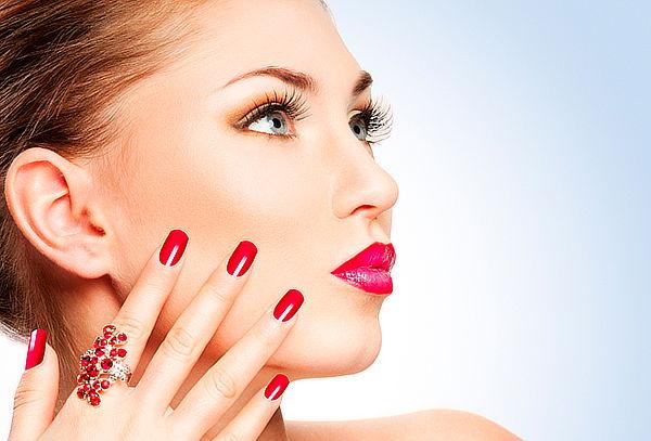 Manicure esmaltado permanente + Parafinoterapia, Santiago