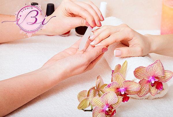 Manicure Full + Parafinoterapia + Esmaltado 1 o 2 tonos