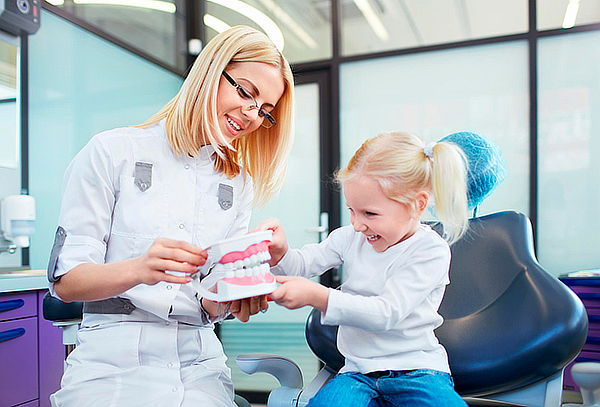 Limpieza Dental para Niños + 4 Sellantes + Fluorización